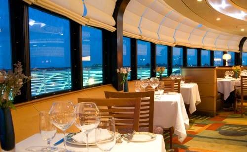 Modernos restaurantes en navieras de lujo