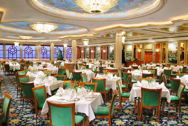 Restaurantes dentro del crucero