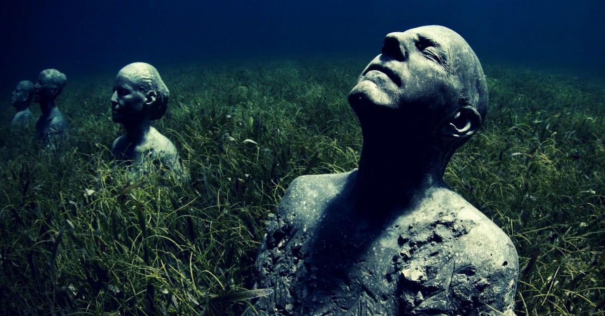 Estatuas museo submarino