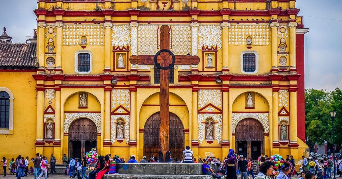 SAN CRISTÓBAL DE LAS CASAS IGLESIAS.jpg